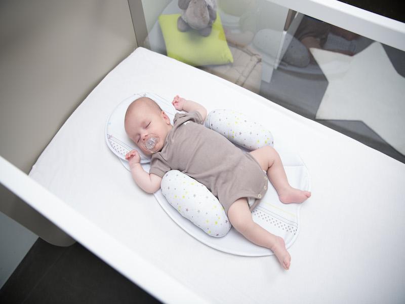 Kussen Voor Baby : Blauw decoratief gewatteerd kussen baby d oro littlemack